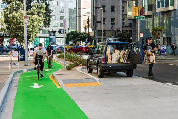 The Polk Street bike lane in San Francisco is the best new bike lane of 2014: http://t.co/JCU7YJKRhJ http://t.co/htSZvOFJlx