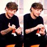 """""""Saw your mum last night and Im getting her the jacuzzi for Crimbo !"""" Louis right now: #lidlife http://t.co/oBSDdsBMkM"""