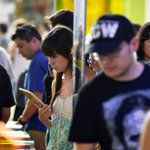 Municipalidad de Santiago regalará 3 mil libros de nuevos autores en la calle http://t.co/jONZzcz5YA http://t.co/gZCVuQ8DJb