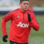 #mufc manager Louis van Gaal has provided an update on Marcos Rojos injury: http://t.co/xHCTwDeOEd http://t.co/Me4Tpsdf47
