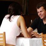 Elas tinham razão: homens param de escutar parceira após 6 minutos, diz #pesquisa. http://t.co/MCSHdKN0ox http://t.co/8zFN6bRaPX