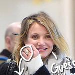 Did #CameronDiaz flash a GIANT #EngagementRing right in front of our faces?? http://t.co/c1haDjKASc http://t.co/woorBCXtTy