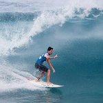 URGENTE: Gabriel Medina é campeão mundial de surfe! Aguarde por mais informações. http://t.co/ixzBbyx2fB