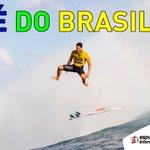 HISTÓRICO! @gabriel1medina É O PRIMEIRO BRASILEIRO A SER CAMPEÃO MUNDIAL DE SURF! #VAIMEDINA #JogandoVaiEVem http://t.co/2Rt1UYvskx