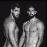 Dievx dv Stade: jogadores de rugby posam nus para calendário. http://t.co/VZZqrMN1fV http://t.co/8hIdosdhu7