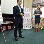 На открытии дальневосточного форума, добровольцев приветствовал @dzyliak - зам.министра спорта и молодежной политики http://t.co/egwRlRPtkE