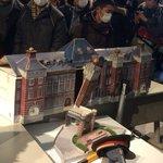 破壊された東京駅駅舎模型。 #jreast #suica http://t.co/3YVWSOLf7V