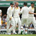 .@CricketAuss bowlers perform brilliantly to help set up a thrilling 4 wicket victory in the 2nd Test #AusvInd http://t.co/DUuE227e4o