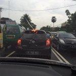 AH Nasution sktr Cikadut macet di kedua arah @RadioElshinta @infobdg http://t.co/0mQu4HNwkc
