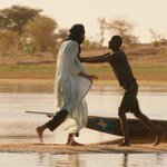 """مبروك للسينما العربية وصول الفيلم الموريتاني """"تمبكتو"""" للقائمة القصيرة لترشيحات #الأوسكار لأفضل فيلم أجنبي! http://t.co/YNk7cONptX"""