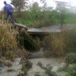 Mohon bantuan @ridwankamil @Rescue_Damkar @relawan_bdg @dbmpkotabdg Tlh tjd longsor jl inspeksi sungai Cinambo http://t.co/BzF9TOBxVz