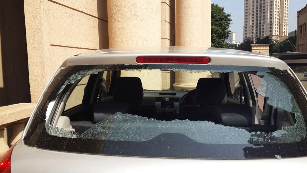 A bullet has just hit our car in Hiranandani, mumbai.Have informed cops and media but any support will be appreciated http://t.co/uPsWk1zLjb