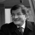 Davutoğlu'nun kızı düşük not alınca, fatura dersin öğretmenine çıkmış http://t.co/q6vmk6tRlk http://t.co/koPskcAIFe