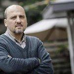 Ahmet Şık: 14 Aralık operasyonu, AKPnin sisteme tek başına sahip olma çabası http://t.co/VL7UbJfyV3 http://t.co/5MmIZcPeBP