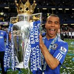Happy birthday to Chelsea legend Ashley Cole - 34 today! #CFC http://t.co/lxEFxcRxzO