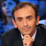 """Éric #Zemmour. Écarté par iTélé, défendu par le FN http://t.co/jlk137qnja http://t.co/aALc0q7u0h"""""""