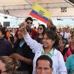 Pdte. @MashiRafael: la campaña #DaDignidad es todo un éxito! #Enlace403. @BettyTola http://t.co/JUcCzrfme4