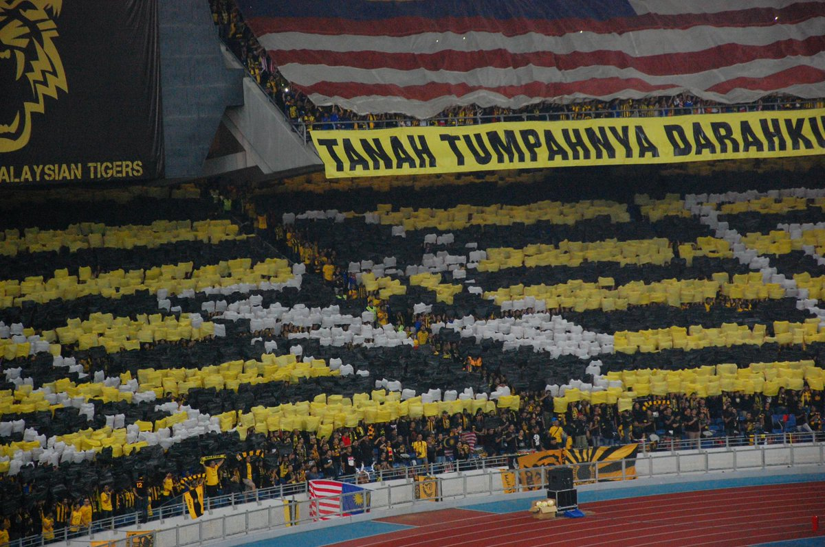 @CasualUltra_ @ultrasmalaya07 @affsuzukicup #supportyourlocalleague http://t.co/8J23Hhyf2u