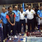 Saya dapat rasa semangat membara #HarimauMalaya. Good luck, all Malaysians are behind you! #AFFSuzukiCup http://t.co/DGrPWWBWrH