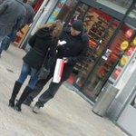 Wethouder Kokke wenst het winkel publiek de beste wensen namens @sptilburg http://t.co/9tasL1Ab7h