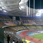 Malaysia take a 2-0 lead into HT as the Thai players look dazed in the bright lights of Bukit Jalil. #AFFSuzukiCup http://t.co/AafhmW6AOQ
