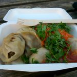 Delicious delicious momo from @TasteTibet at the castle quarter in #Oxford ! # nomnommomo http://t.co/1CmKV4Np8Y