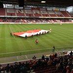 Gute Stimmung im Stadion, aber vergleichsweise wenig Zuschauer: ca. 5.500 http://t.co/CLJmUOmjxw #scp06 @Preussen06 http://t.co/2tACUo0RsR