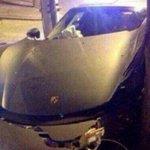 Mulher confunde pedais e destrói Porsche de R$ 4 milhões na China: http://t.co/mGa2bQAtVn http://t.co/EWdpe5KcWH