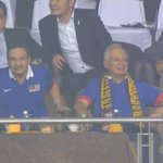 His Excellency @NajibRazak looks pleased with Safiq Rahims excellent free kick #AFFSuzukiCup http://t.co/y8oXJ4IPTe