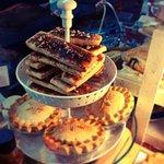 RT @CrustandPie: Our brand new Maple Pecan Piescotti! #pie #biscotti #crust #pecan #maple #guelph #farmersmarket http://t.co/YywRI9TaCr