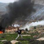 #Israel lanza ataque aéreo en #Gaza por primera vez desde alto el fuego http://t.co/5DYxf8Et06 http://t.co/KHOQYS2ba3
