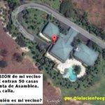 """""""En la mansión de mi vecino en Mocolí entran 50 casas de @GabrielaEsPais"""" (por @lolacienfuegos) /cc @elcomerciocom/ http://t.co/eO1ybbCfBN"""