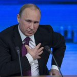 """Владимир Путин поздравил """"чекистов"""" с профессиональным праздником http://t.co/MRbIJTBl1b http://t.co/5OTe1jqalr"""