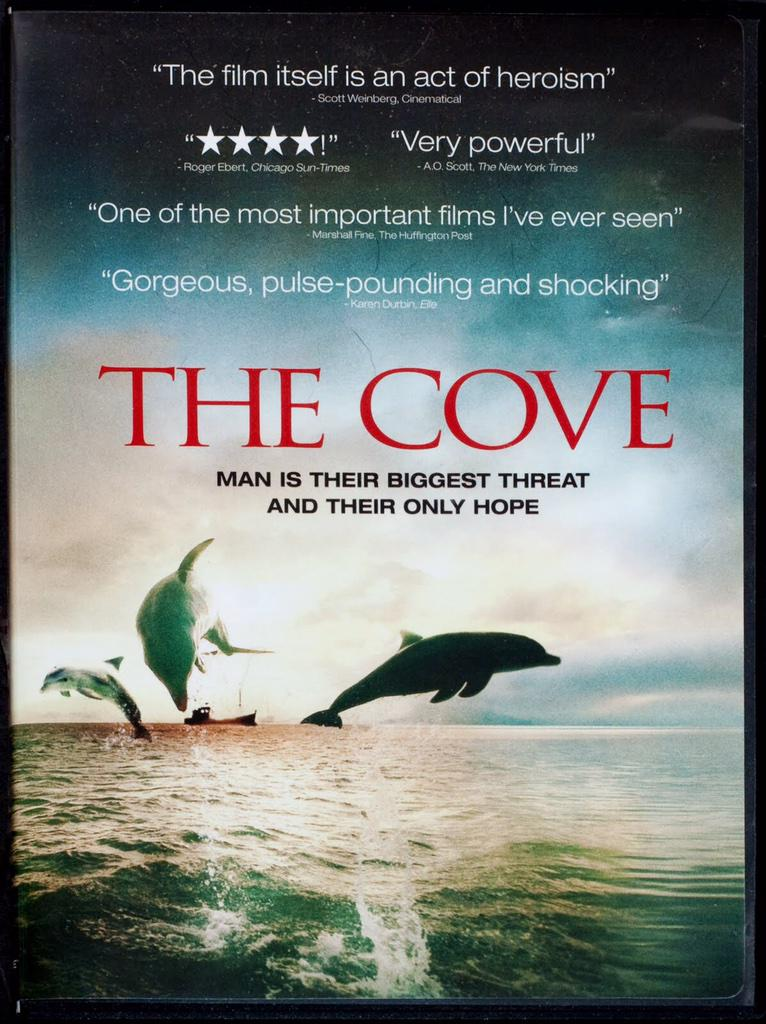 #Blackfish airs tonight on @CNN 7pmET  Now if we could only get CNN to air #TheCove as well!!  #tweet4taiji   RT RT http://t.co/ndcd8NHMsV