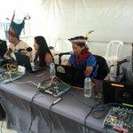 Intérpretes de las nacionalidades Shuar, Sapara, Achuar, Siekopaai y Kofán trasmiten el #Enlace403 desde #Quito http://t.co/hVRJe3Ozil