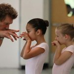 Behind-the-scenes @PNBallets final Stowell/Sendak #Nutcracker in #Seattle: http://t.co/nv8n6Bq50D #Ballet #dance http://t.co/hgw98h6UHP