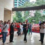 Multitudinaria despedida al #DIM camino al titulo #VamosMedellín #DIMxlaSexta http://t.co/CgHnstNQf5
