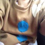 Me congelé  ❄️❄️❄️❄️pero me rescató mi sueter de galleta de genjibre. http://t.co/5CfsMzoj2v