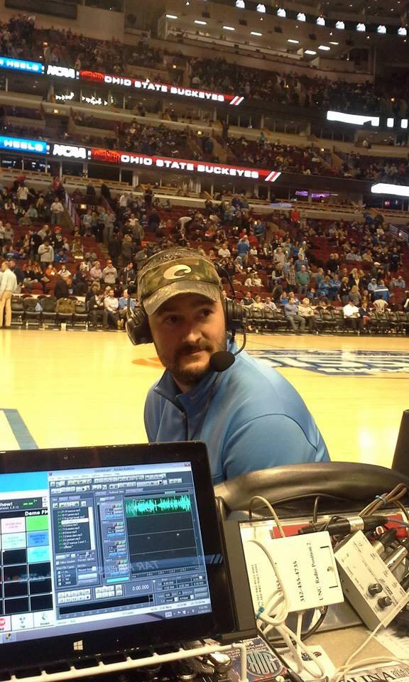 @ericchurch at the @UNC_Basketball @OhioStAthletics game!  #heels http://t.co/D6vm9WXAQJ
