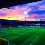 Sunset over Loftus Road and 3 points to go with it. #QPR @QPRFC @IJTaylor81 http://t.co/HHlaglW8Ta