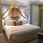 Yes! MT @TheParisianEye: RT if u wish this was your bed tonight ;) #DCMoments @TheDorchester #London http://t.co/MR8Bly6yW6