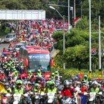 La calidad y el fervor del pueblo rojo, pueblo humilde y pujante.Nunca caminarán solos @DIM_Oficial http://t.co/npIEkZsh7X