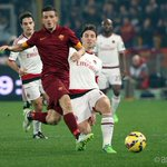Down to 10 men we never stopped fighting! #RomaMilan 0-0 http://t.co/T9uhB45VoJ