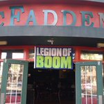 McFaddens Glendale is ready to host the 12th man rally tonight make sure to get there early @Seahawks http://t.co/8j2N6JGtdw