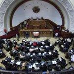 Hoy lunes #22Dic la Asamblea Nacional designará representantes del Poder Ciudadano, TSJ y CNE http://t.co/LWEpvMMb2I http://t.co/fTbQAgs1lA