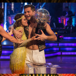 Caroline Flack and Pasha Kovalev - Strictly Come Dancing Champions 2014. #SCDFinal http://t.co/Uf0tgkrQLx