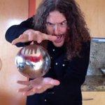 Artista estadounidense resuelve el misterio de la esfera flotante (VIDEO) http://t.co/fVxyYgYjEW http://t.co/SNDVCkINqm