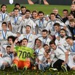 """""""@fifacom_es: #MundialDeClubes El escudo de campeón distingue al @realmadrid como mejor club: http://t.co/uCAMMB3SBV http://t.co/y6dWBEgg1Q"""""""