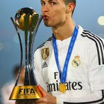 Real Madrid beat San Lorenzo 2-0 to win the Club World Cup! #WorldChampions http://t.co/519e6Iyun5