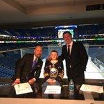 Earlier tonight, Austin McDonald met @duffersabres and @maydayhockey. @makeawishwny #COLvsBUF http://t.co/zktCE3bdkj